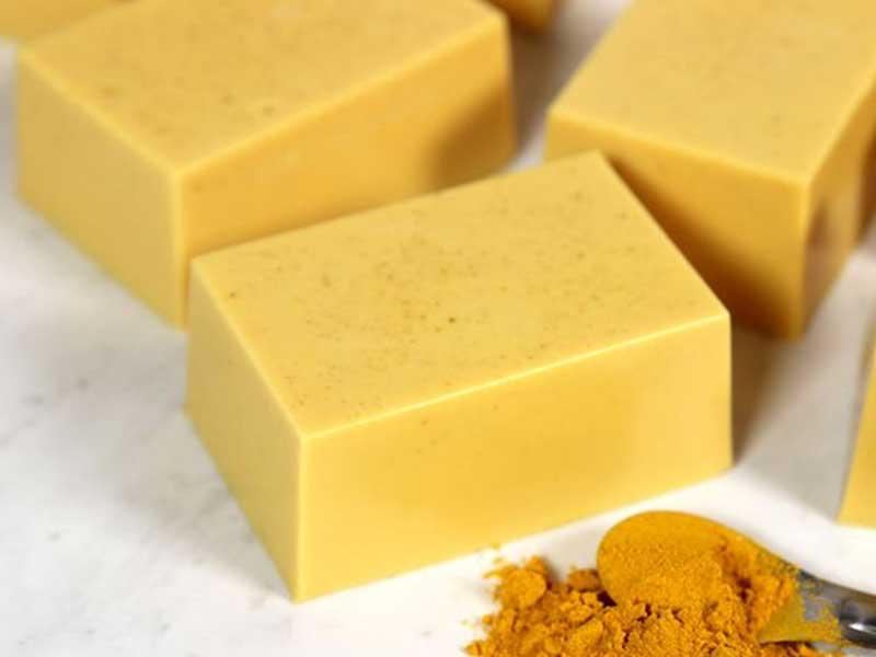 فواید صابون زردچوبه برای زیبایی و جوانسازی پوست